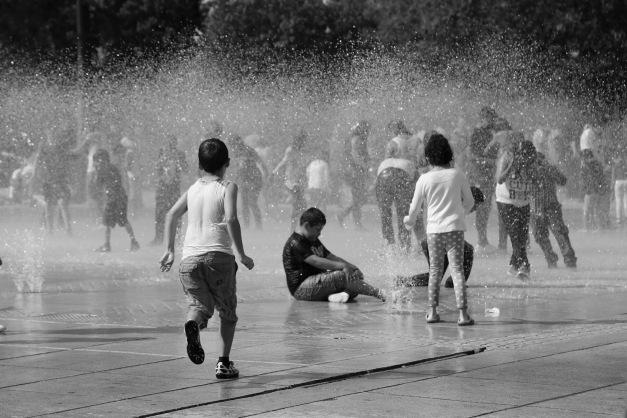 kids on mist